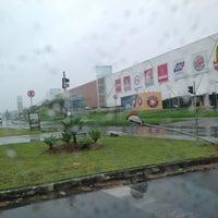 Foto tirada no(a) Joinville Garten Shopping por Milton Juares F. em 2/7/2013