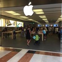 Photo taken at Apple Oriocenter by Fabio M. on 8/19/2015