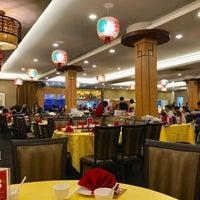 Photo taken at Swatow Seafood Restaurant 汕头海鲜 by Bryan T. on 6/10/2017