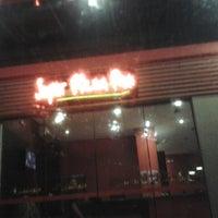 Foto tirada no(a) Super Pizza Pan por Leandro V. em 3/13/2013