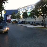 Photo prise au Best Buy par Big J. le11/22/2012