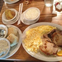 Photo taken at Cracker Barrel Old Country Store by Big J. on 5/7/2013