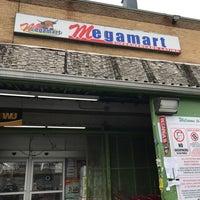 Photo taken at Selectos Latinos Megamart by Titi P. on 3/21/2017