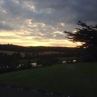 Foto tirada no(a) De Vere Latimer Estate por Mindy G. em 9/12/2014