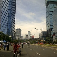 Photo taken at Jalan Jenderal Sudirman by madjied a. on 3/31/2013