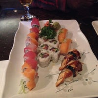 Photo taken at Zen Japanese Grill & Sushi Bar by Tracei G. on 12/18/2013