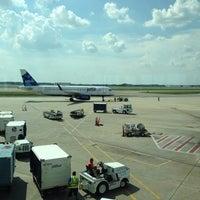 Photo taken at Gate 7 by Steven E. on 8/22/2014
