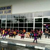 Photo taken at Stadium Mini Shah Alam by Papa Q. on 11/12/2016