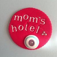 5/29/2013 tarihinde Canziyaretçi tarafından Mom's Hotel'de çekilen fotoğraf