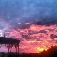 Снимок сделан в Русановская набережная пользователем Alyona K. 6/18/2013