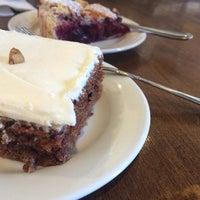Photo taken at Black Walnut Bakery Cafe by Sylvia K. on 3/30/2014