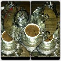 6/29/2013 tarihinde Hacer D.ziyaretçi tarafından Kuruçeşme Kahvesi'de çekilen fotoğraf