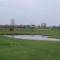 Photo taken at Rattle Run Golf Course by Quentin M. on 4/30/2013