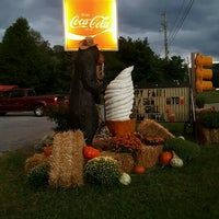 Photo taken at Burgermaster Drive-in by Kay W. on 9/30/2016