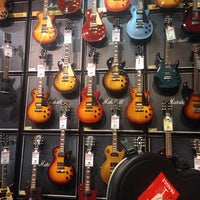 Photo taken at Guitar Center by Denisse A. on 4/17/2014