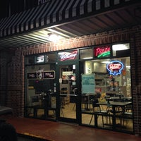 Photo taken at Screamin Mimi's Pizza And Subs by Kristen B. on 10/4/2013