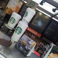 Photo taken at Starbucks by Ese E. on 2/22/2013