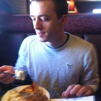 Photo taken at Pizza Hut by Taylor B. on 2/8/2013