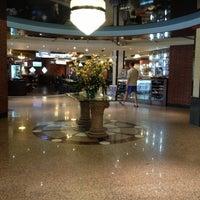 Снимок сделан в Премьер Отель Русь пользователем Ульяна Б. 5/3/2013