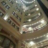 Снимок сделан в Премьер Палас Отель пользователем Ol'ka 2/10/2013