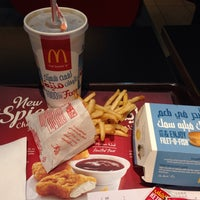 Photo taken at McDonald's by Mohammad S. K. on 3/15/2015