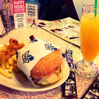 Photo taken at Beverly Hills Diner by Nikita L. on 4/28/2013