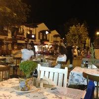 7/1/2013 tarihinde Fatih D.ziyaretçi tarafından Kaşık Mantı & Ev Yemekleri'de çekilen fotoğraf