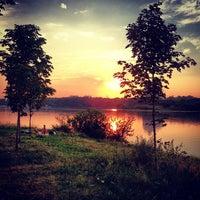 Das Foto wurde bei Парк «Борисовские пруды» von Арина Т. am 7/5/2013 aufgenommen