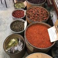 Photo taken at เจ้ากรมเป๋อ ร้านขายยาแผนโบราณ by Dedy on 8/17/2017