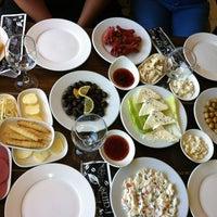 Photo taken at Şehr-i Sefa Cafe & Kahvaltı Salonu by yasemin . on 7/4/2013