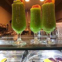 6/12/2018 tarihinde Adnan K.ziyaretçi tarafından Fi Cafe Bistro'de çekilen fotoğraf