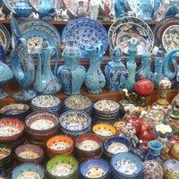 Foto tirada no(a) Spice Bazaar-Egyptian Bazaar por Dilek B. em 6/21/2013