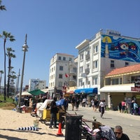 Photo taken at Venice Beach by Ariane B. on 6/5/2013