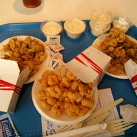 Photo taken at Bob's Clam Hut by Tri N. on 2/2/2013
