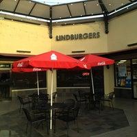 Photo taken at Lindburgers by Dan W. on 5/30/2013