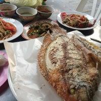 Photo taken at ร้านลาบหนองบัว by GorGade'edag N. on 2/29/2016