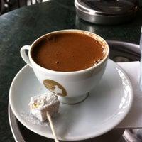 6/28/2013 tarihinde Vita B.ziyaretçi tarafından Fazıl Bey'in Türk Kahvesi'de çekilen fotoğraf