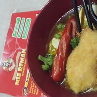 Photo taken at Mie Reman by Andy t. on 6/9/2014