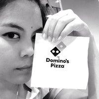 Foto scattata a Domino's Pizza da Nan N. il 1/5/2014