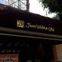 Foto tomada en Juan Valdez Café por alice P. el 11/18/2013