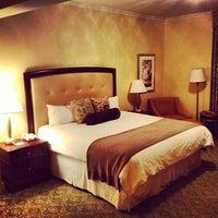 Photo taken at Omni Shoreham Hotel by Frank G. on 7/8/2013
