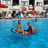Photo taken at Diyojen Otel Havuz by serkan p. on 8/9/2015