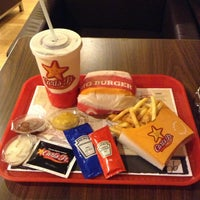Photo taken at Carl's Jr. by Noyan C. on 2/3/2013