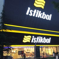 Foto diambil di İstikbal koreli oleh Salih T. pada 6/10/2018