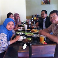 "Photo taken at Bebek & Ayam Goreng Sari Rasa ""Pak Ndut"" by Nur H. on 9/26/2014"