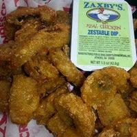 Photo taken at Zaxby's Chicken Fingers & Buffalo Wings by Angel J. on 3/5/2014