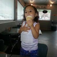 6/28/2014にAngel J.がBarnett's Dairyetteで撮った写真