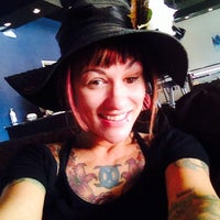 Photo taken at Smokeless Smoking Vapor Lounge by Margaret T. on 4/22/2014