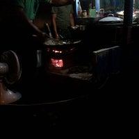 Photo taken at Warung Bakmi Wirowargo by Hoshigami K. on 12/14/2012