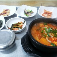 Photo taken at 선비식당 by 윤주 신. on 5/10/2013